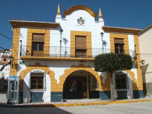 La denuncia de la UCIN contra el alcalde socialista de Santiago-Pontones (Jaén) llega al juzgado